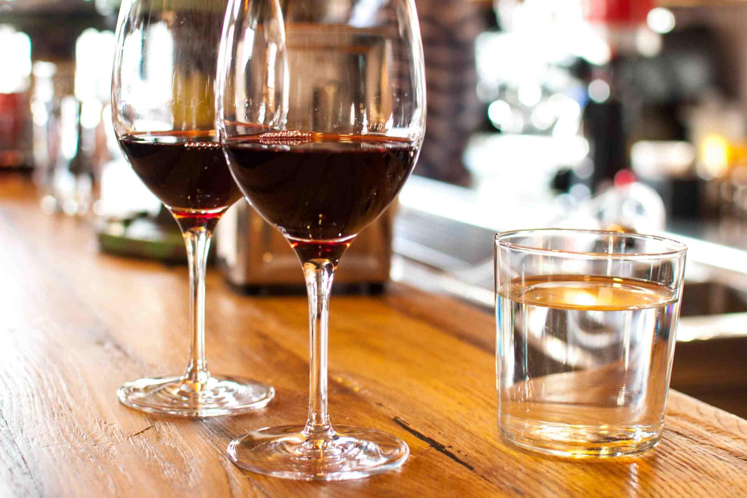 Est-il dangereux de boire 3 verres de vin par jour?