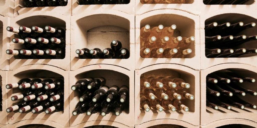 Quel est le taux d'humidité dans la cave à vin?
