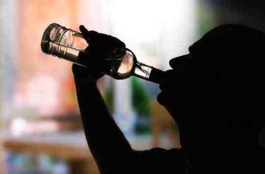 Quelles maladies sont causées par l'alcool?