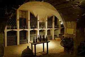 Comment stockez-vous les bouteilles dans la cave à vin?