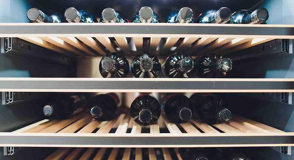 Quelle est la différence entre le stockage et le vieillissement des caves à vin?