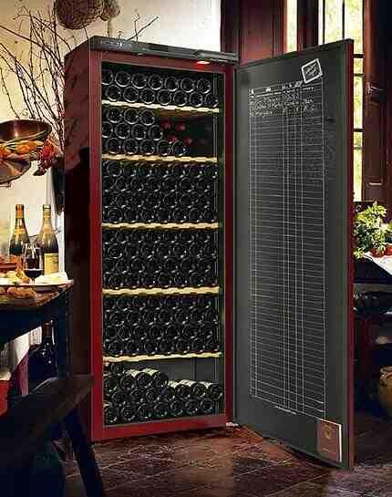 Quelle est la différence entre le stockage et le vieillissement des établissements vinicoles?