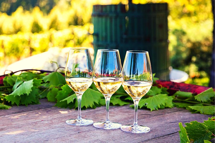 Comment reconnaître le vin blanc sec ou doux?