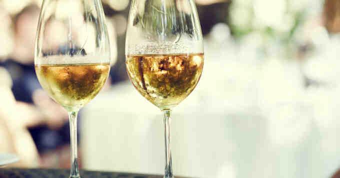 Comment savoir combien de temps conserver le vin?