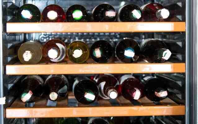 Quelle est la différence entre le stockage et les caves à vin obsolètes?