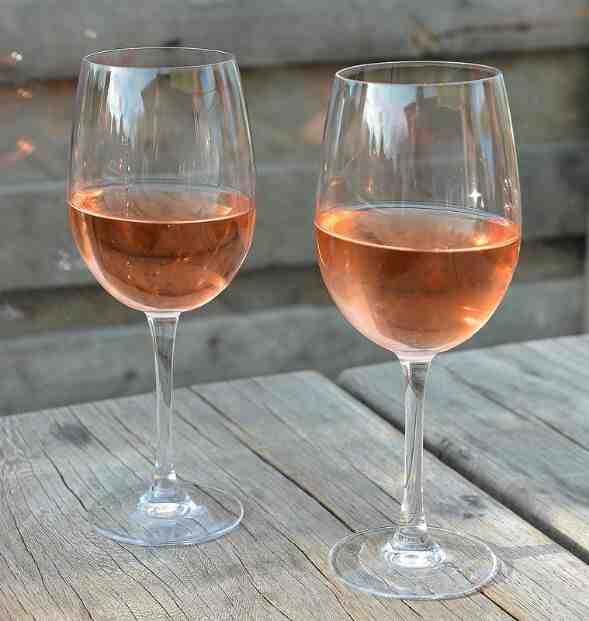 Combien de calories contient un verre de vin blanc ?